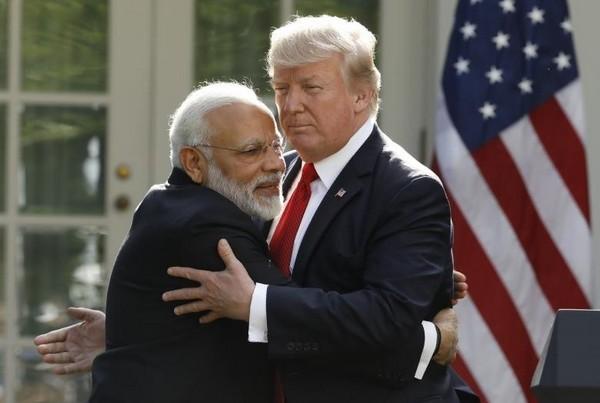 حمایت حزب کنگره ملی هند از واردات نفت ایران و انتقاد شدید از نخست وزیر این کشور