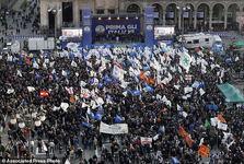 تصاویر/ تظاهرات سراسری خشونت آمیز در سراسر ایتالیا