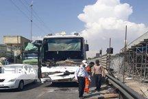سه نفر در تصادف پژو با اتوبوس در چرداول جان باختند