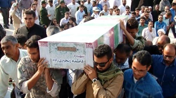 تشییع پیکر بانوی حادثه تروریستی تهران در بندرعباس