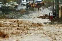 جاده دهستان لاویج نور به دلیل ریزش و سیلاب بسته شد