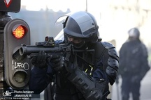 فرانسه برای سرکوب معترضان از نیروهای ویژه ارتش استفاده می کند