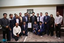 دیدار جمعی از فعالان سیاسی فرهنگی استان یزد با سید حسن خمینی