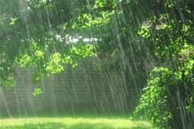 شب  بارانی در انتظار البرز