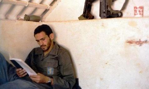 گریه های بلند سید رضا به هنگام نماز