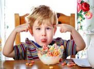 نسبت به رفتارهای ناشایست کودک بیتوجه باشید