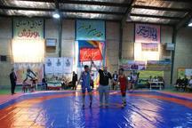 شاهرود قهرمان کشتی آزاد و فرنگی آموزشگاه های استان سمنان شد