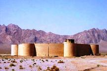 تنها کاروانسرای مدور جهان در مهریز در انتظار گردشگران