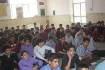 سنندج مرداد ماه میزبان دانش آموزان مناطق مرزی کشور است