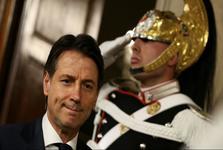 بحران سیاسی در ایتالیا؛ نخستوزیر از تشکیل دولت انصراف داد
