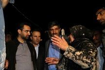 وزیر ارتباطات پای حرف دل مردم سیل زده شیراز نشست