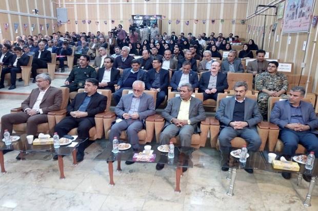 کارکنان نفت گچساران نقش مهمی در پیروزی انقلاب داشتند