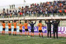 مسئولان خود را از فوتبال کرمان جدا ندانند - حامد سالاری*