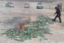 پنج هزار و400 بسته مواد محترقه در پلدختر کشف شد