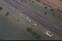 سیلاب 2جاده خوزستان را مسدود کرد