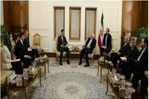 دیدار معاون وزیر امور خارجه ترکمنستان با ظریف