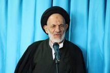امام جمعه بیرجند: ساده زیستی مسئولان زمینه ساز امنیت روحی محرومان است
