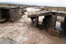 فرماندارعباس آباد نسبت به احتمال تخریب پلهای سیلزده هشدارداد