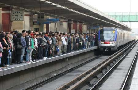 مترو خط هفت به صورت محدود مسافر گیری می کند