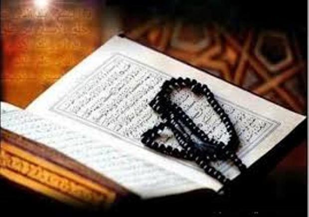قرائت روزانه قرآن در مسجد خواهر امام رشت برگزار می شود