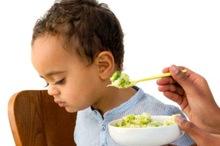 درمان سوء تغذیه 7182 کودک در هرمزگان