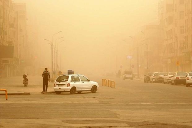 گردو غبار با منشا کشور عراق در راه خوزستان است