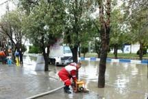هلال احمر کرمان به بیش از 100 سیل زده امدادرسانی کرد