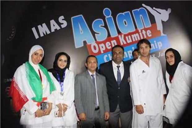 بانوی تویسرکانی طلای مسابقات کاراته هند را کسب