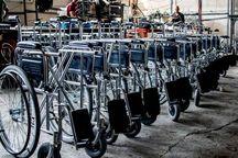خیر مهابادی ۱۲ دستگاه ویلچر به بیمارستان اهدا کرد