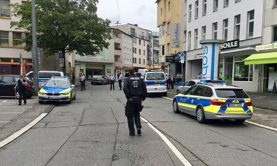 عکس/ چاقوکشی در دوسلدورف