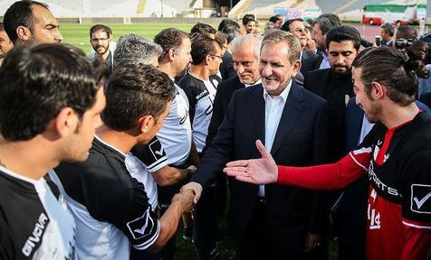 اسحاق جهانگیری  و وزیر ورزش مهمان ویژه دیدار ایران و ازبکستان