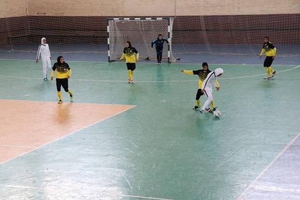 دروازه تیم پارس آرا شیراز در لیگ برتر فوتسال گلباران شد