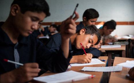 بطحائی: ٩٠ هزار کودک غیر ایرانی در مدارس ثبتنام نکردهاند