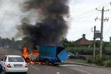 آتش سوزی یک خودرو در محور آستارا - تالش