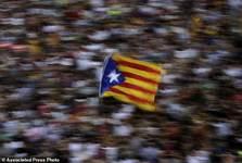 پایان دادن به «استقلال کاتالونیا»؛ کودتای نرم مادرید علیه جنبشهای جدایی طلبانه
