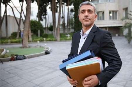 وزیر اقتصاد و دارایی وارد استان سمنان شد