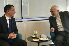 دیدار ظریف با وزیر خارجه ونزوئلا و تاکید بر ادامه حمایت ایران از ونزوئلا