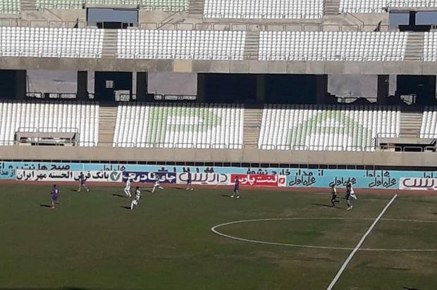 تیم فوتبال قشقایی شیراز، کارون خرمشهر را مغلوب کرد