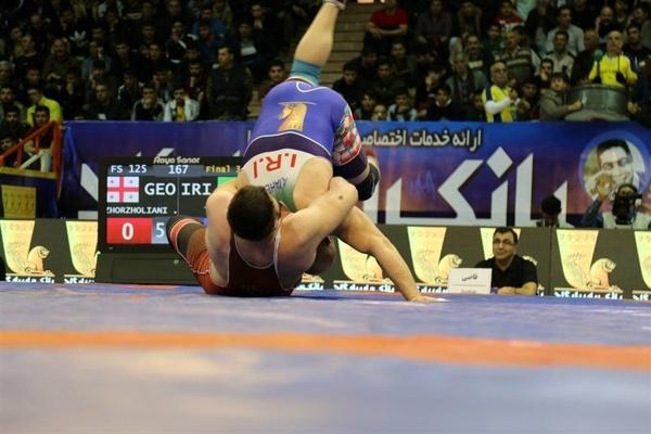 ایران قهرمان رقابتهای کشتی جام تختی شد