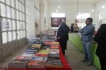 برگزاری نمایشگاه کتاب نقش مهمی در توسعه فرهنگی اردکان دارد