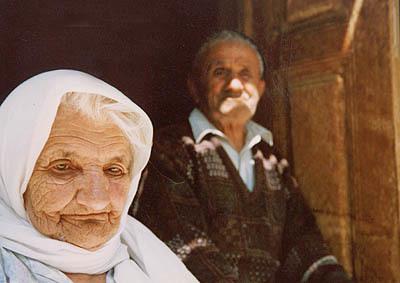 تلاش وزارت بهداشت برای جلوگیری از آسیب به سالمندان