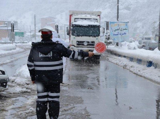 تردد تریلی در گردنه های خراسان شمالی ممنوع شد