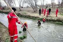 تلاش 20 ساعته 100 آتش نشان برای پیدا کردن کودک مفقود شده در کانال آب مشهد
