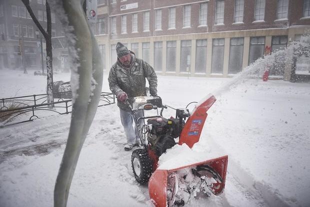 زندگی در برف مرگبار! + عکس
