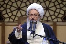 آیت الله مکارم شیرازی:تعبیرهای موهن نباید در مداحی ها استفاده شود