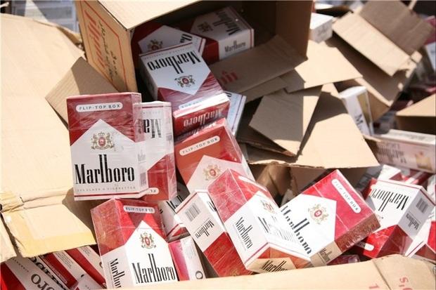 انبار سیگار قاچاق در شاهین دژ کشف شد
