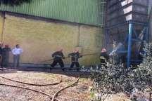 آتش سوزی کارخانه فروسیلیس سمنان مهار شد