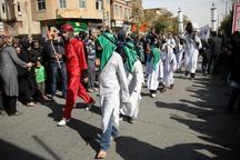 آئین نمادین کاروان کربلا در ورامین برگزار شد