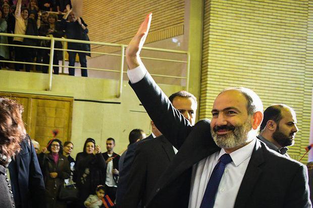 نخست وزیر ارمنستان: افتخار می کنم بین تهران و ایروان وفاق خوبی هست