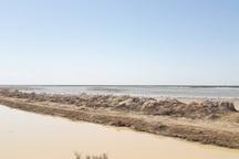 فرماندار آبادان:تخلیه سیلاب از 2 محور به سمت خلیج فارس ادامه دارد